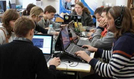 GAME JAM  – medzinárodná spolupráca pre vývoj počítačových hier